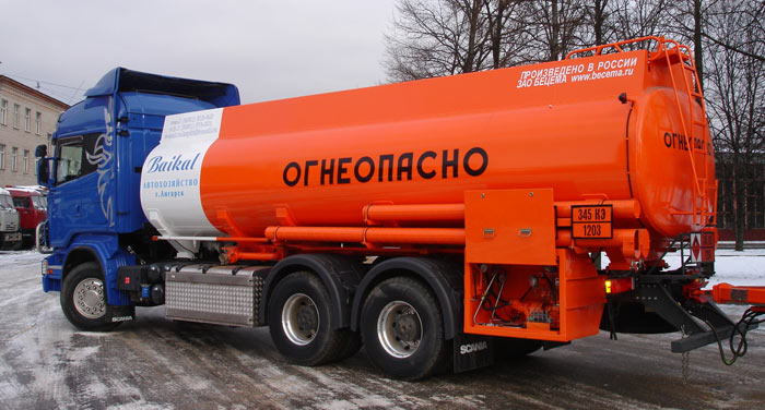 BCM-83.7 refueling truck for light petroleum products mounted on SCANIA R380 6x4 chassis, 09G2S steel
