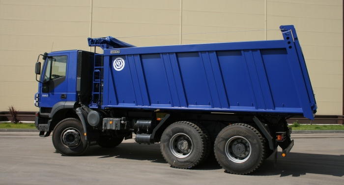 BCM-124N dump truck for inert materials on IVECO Trakker 6x4 chassis