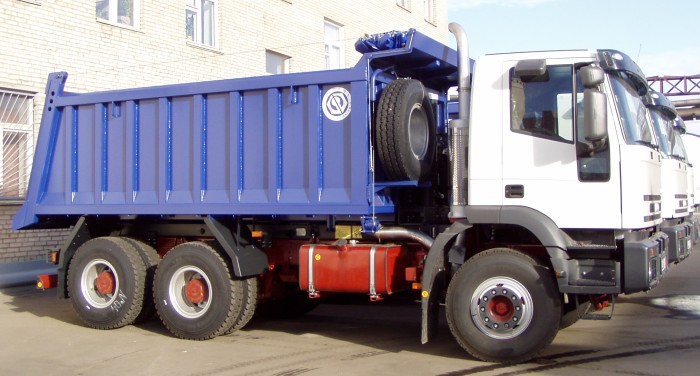 BCM-124 dump truck for inert materials on IVECO TRAKKER 6x4 chassis