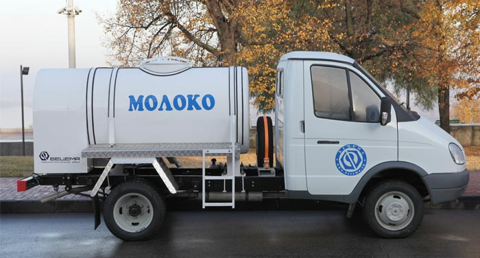 BCM-226 tanker truck for liquid foodstuff